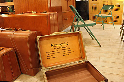 1226.samsonite3.jpg